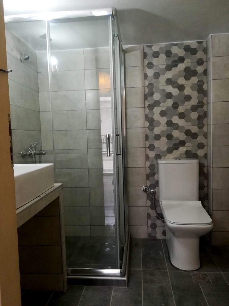 Ανακαίνιση μπάνιου στην Νίκαι