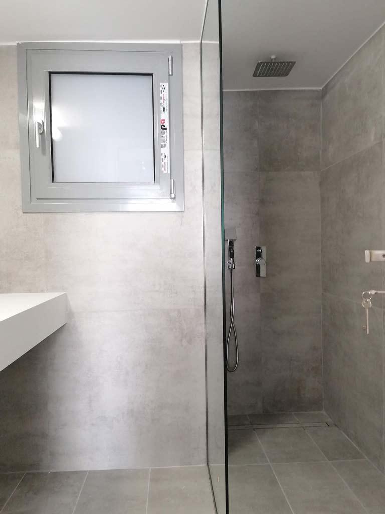 Παράθυρο μπάνιου