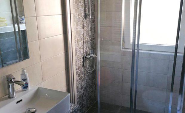 Ανακαίνιση Μπάνιου στην περιοχή Παπάγου