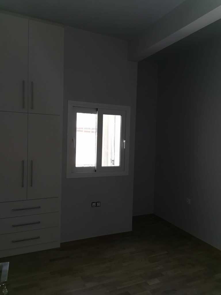 ανακαινισμενο δωματιο